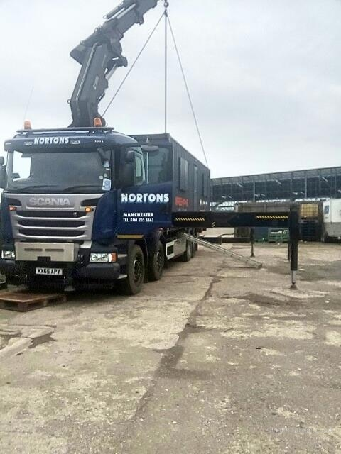 assets/images/lorry-crane130.jpg